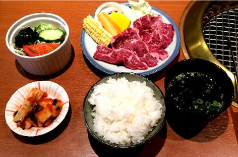 焼肉定食・・・¥756